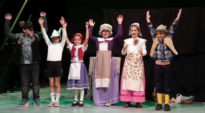 """""""Rotkäppchen"""" auf der Bühne des Englische Theaters"""