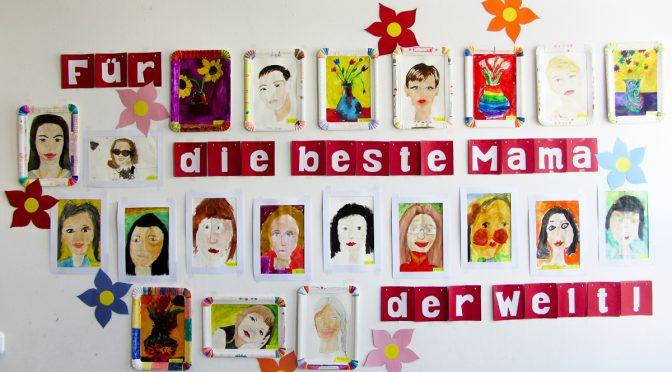 Bilderausstellung zum  Muttertag